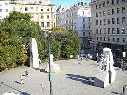 Mahnmal Albertinaplatz Vienna Oct. 2006 001.jpg