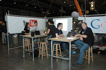 Maker Faire 2008, San Mateo - The Google and Y...