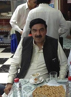 Malik Khurshid with Shaikh Rasheed (cropped).jpg