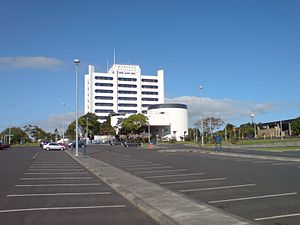 The rather depressing 'City Centre' of Manukau...