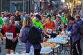 Marathon de Toulouse 2014 - 3148 - Water stop.jpg