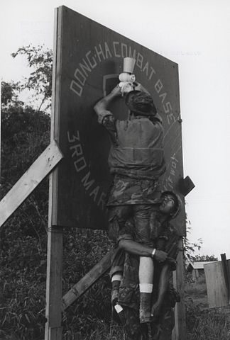 File Marines Decorate For Christmas Dong Ha Vietnam