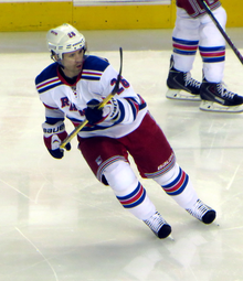 St. Louis turns as he skates across the ice prior to a 2014 game with the Rangers