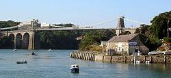Ponte Suspensa Menai