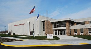Menomonee Falls High School - Image: Menomonee Falls High School 2014 03 23 21 12