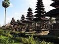 Meru Shrines, Pura Taman Ayun 1515.jpg
