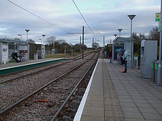 Mitcham Junction station - Image: Mitcham Junction stn Tramlink look east