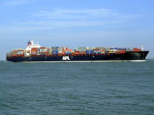 Mol Vision p06 approaching Port of Rotterdam, Holland 19-Apr-2007.jpg