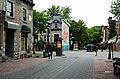 Montréal 27 mai 2011 Rue Prince-Arthur Est, depuis rue de Bullion.jpg