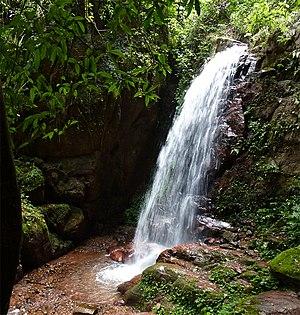 Luang Namtha Province - Image: Muang Sing Tad Pha Yeung tango 7174