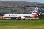 N206UW Boeing 757 American Airlines (28606393124).jpg