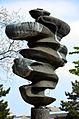 Nereide des Bildhauers Kurt Lehmann im Park Medizinische Hochschule Hannover (MHH), Blick Richtung Südost.jpg