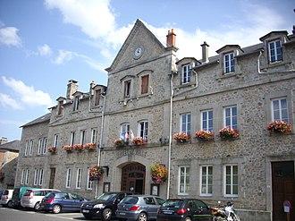 Neuvic, Corrèze - Town hall