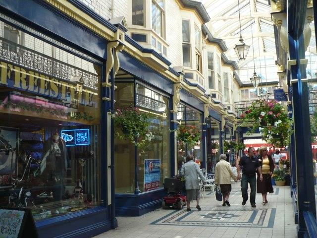 Newport Arcade - geograph.org.uk - 515556