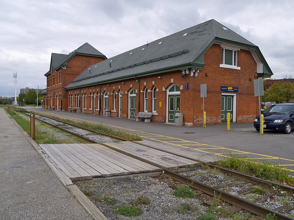 Niagara Falls Station 2012 p3