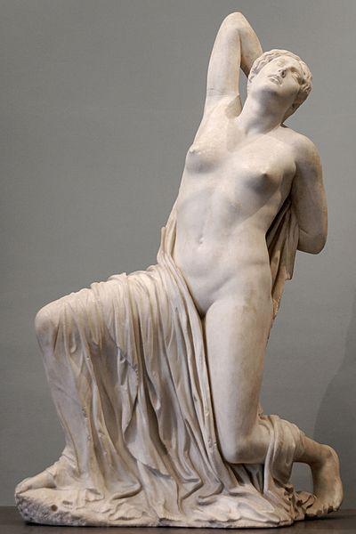 Ranjena Niobida iz Rima, oko 430. pne., grčki mramor, visina 1,49 m, Državni muzej, Rim.