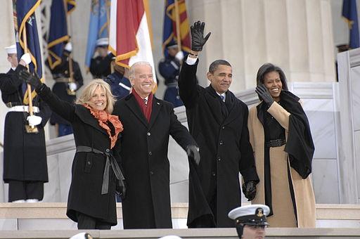 Obamas and Bidens at Lincoln Memorial 1-18-09 hires 090118-N-9954T-057