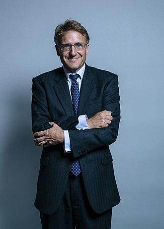 Charles Walker (British politician) - Image: Official portrait of Mr Charles Walker