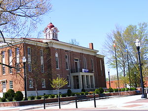 National Register of Historic Places listings in Hardeman County, Tennessee - Image: Old Courthouse in Spring, Bolivar TN