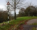 Old road sign - geograph.org.uk - 653329.jpg