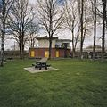Overzicht seinhuis bij spoorwegovergang, gezien vanuit speelplaats - Utrecht - 20344302 - RCE.jpg