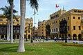 PBb082-Przy Plaza de Armas.jpg
