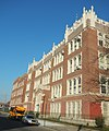 PS95 Gravesend sunny jeh.jpg