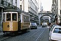 PT-LisbonCarris275Rt18RuaSPaulo(30239999841).jpg