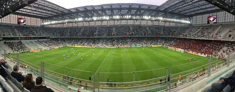 Foto panorâmica de jogo disputado na Arena da Baixada em 2014 3b5f4a201b9c4