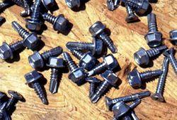 Descrição: Descrição: http://upload.wikimedia.org/wikipedia/commons/thumb/e/ea/Parafusos03.jpg/250px-Parafusos03.jpg