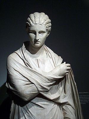 Herculaneum - Small Herculaneum Woman (Dresden)