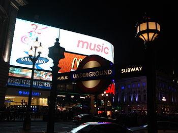 Français : Piccadilly Circus