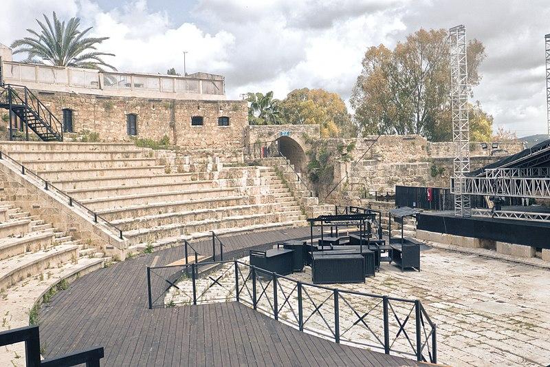 התיאטרון הרומי במבצר שוני