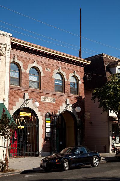 File:Point Richmond Historic District-7.jpg