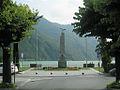 Porlezza monumento ai Caduti.JPG