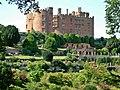 Powis Castle - geograph.org.uk - 1063306.jpg