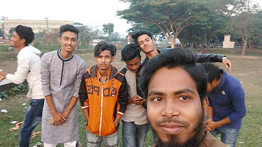 Prince at Bogra Wikipedia meet-up, December 2017 (1).jpg