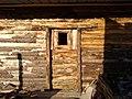 Puerta de cabaña.jpg