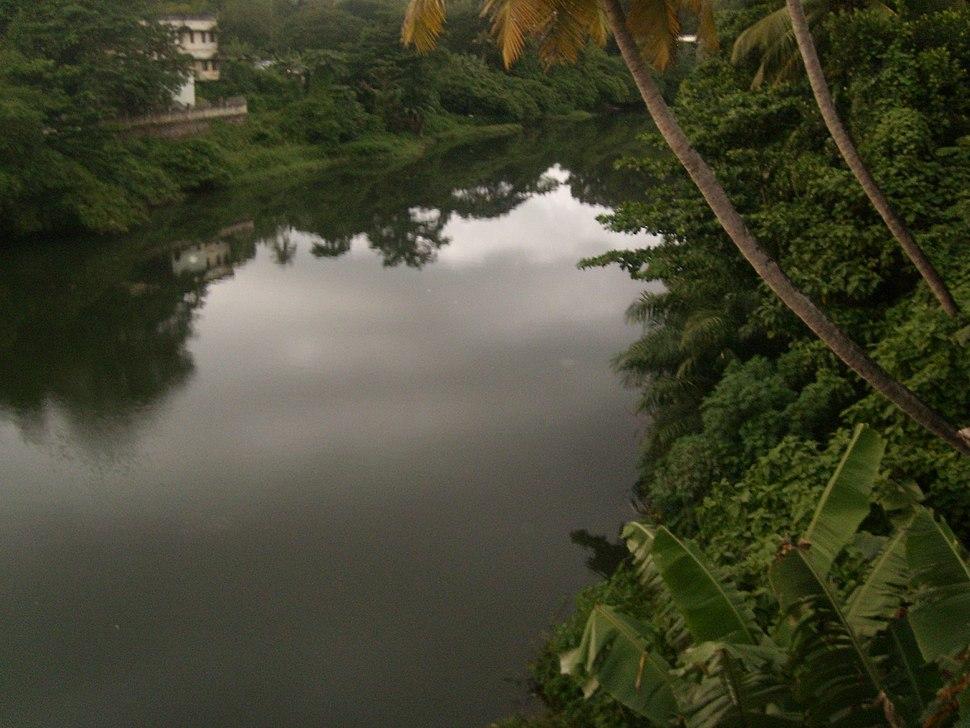Punalur kallada river