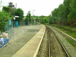 Quakers Yard railway station in 2008.jpg