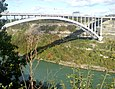 Queenston Lewiston Bridge UpStream.jpg