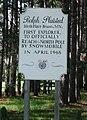 Ralph Plaisted birthplace sign.jpg