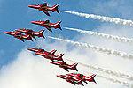 Red Arrows (5136437317).jpg