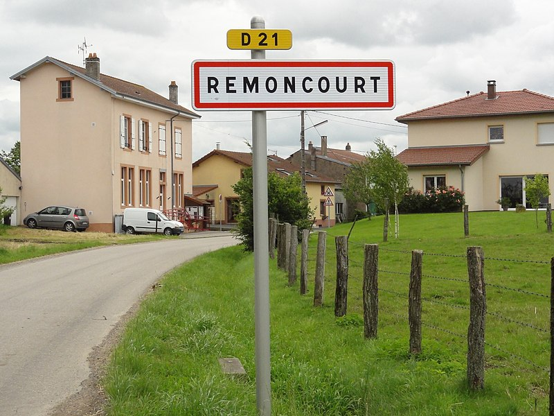 Remoncourt (M-et-M) city limit sign