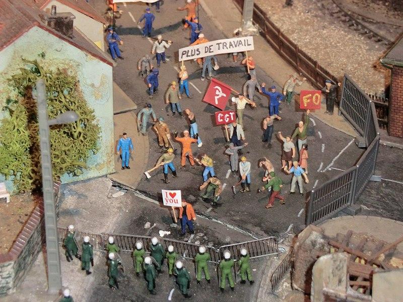 Reproduction manifestation syndicale (musée du train miniature de Châtillon-sur-Chalaronne).