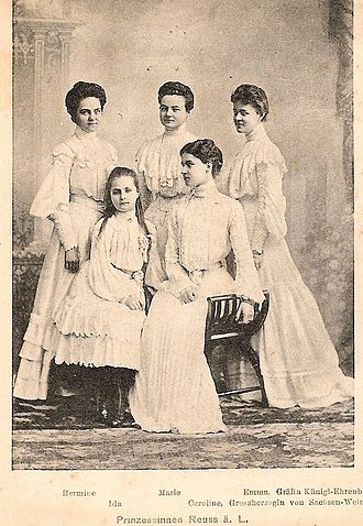 Hermine Reuss of Greiz - Hermine (left) and her sisters, 1903