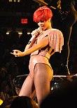 Rihanna 2010.jpg