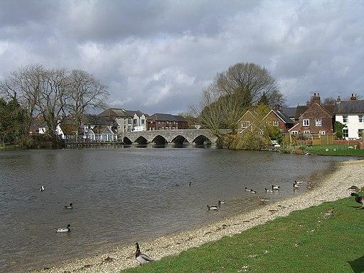 River Avon and bridge at Fordingbridge