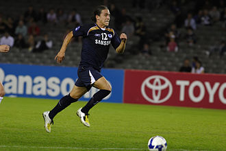 Rodrigo Vargas - Playing for Melbourne Victory against Gamba Osaka in April 2008.