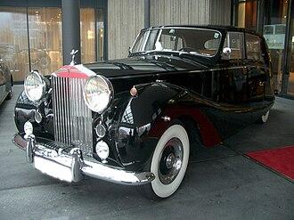 Rolls-Royce Silver Wraith - 1955 Silver Wraith, body by Hooper & Co